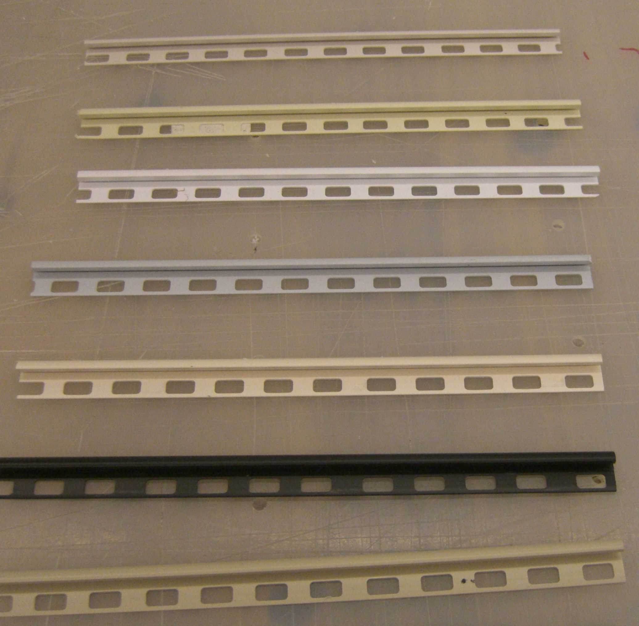 Extruded upvc 10mm Tile Edge